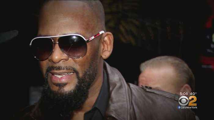 R. Kelly Arraigned On Sex Abuse Charges