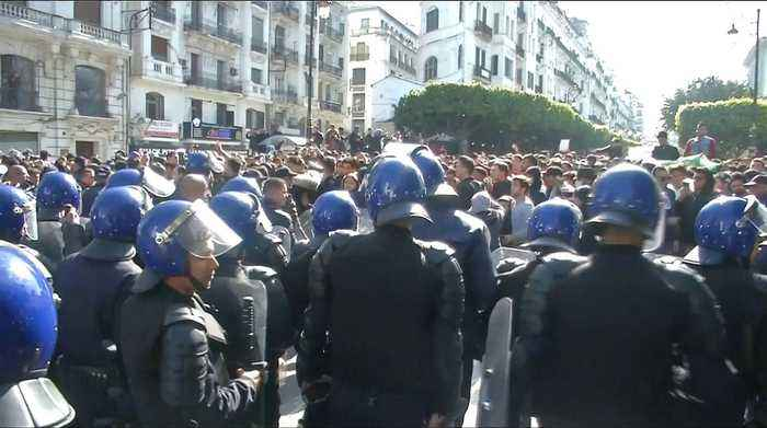Algeria protests: Students rally against president