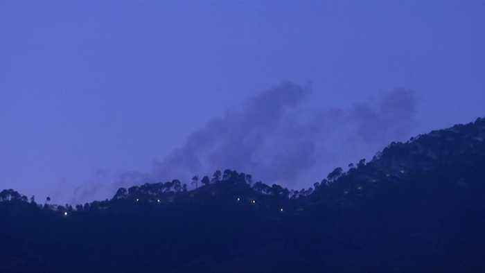Pakistan claims it shot down two Indian jets