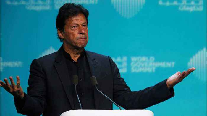 Pakistan's Imran Khan Makes 'Gesture For Peace' In Attempt To Deescalate Crisis