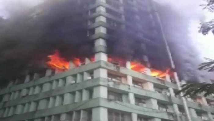 Fire Breaks Out at CGO Complex, CISF Personnel injured | Oneindia news