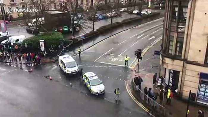 University of Glasgow building evacuated and cordoned off as 'suspicious package' found