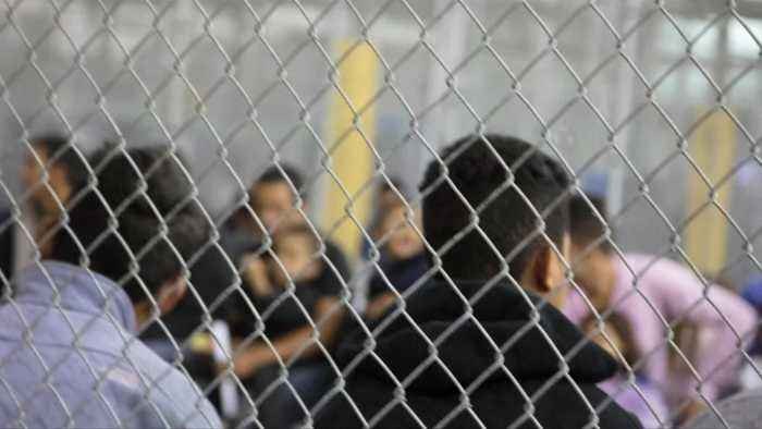 DHS Secretary grilled over 'cages'