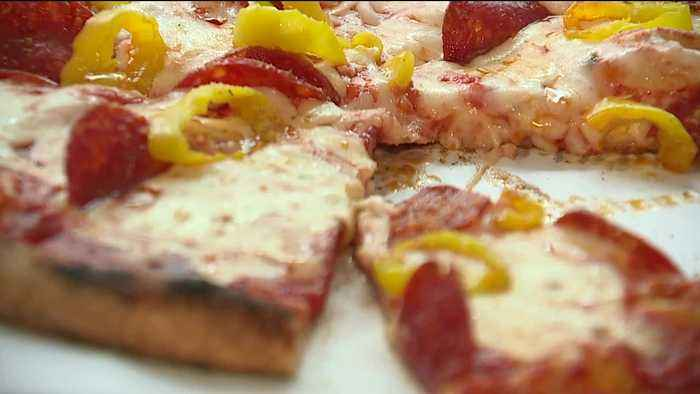 Cleveland pizza shop gives free pizzas to the hungry after teaming up with four fourth-graders