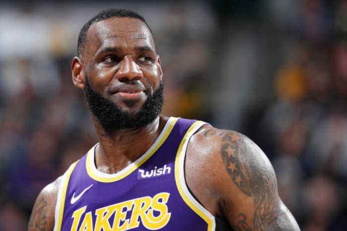 LeBron James Beats Michael Jordan's Record for Total Points Scored
