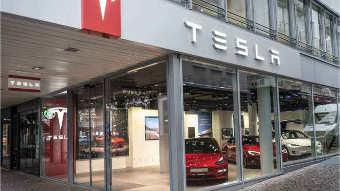 Millennials Piling Into Tesla With Announcement Of $35,000 Model 3
