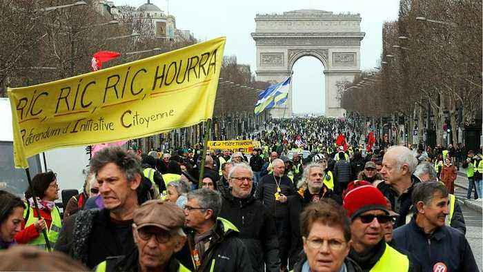 Yellow vest protests steadfast for 17th consecutive week in face of Macron's 'grand debate'