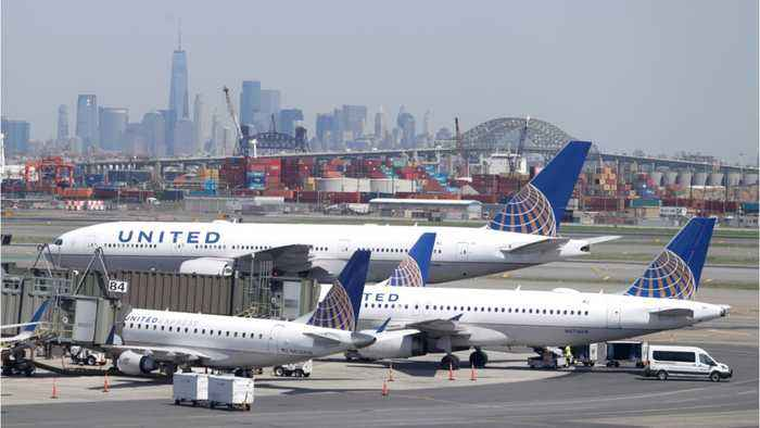 Flights Resume At New Jersey's Newark Airport After Fire Report Shuts Runways