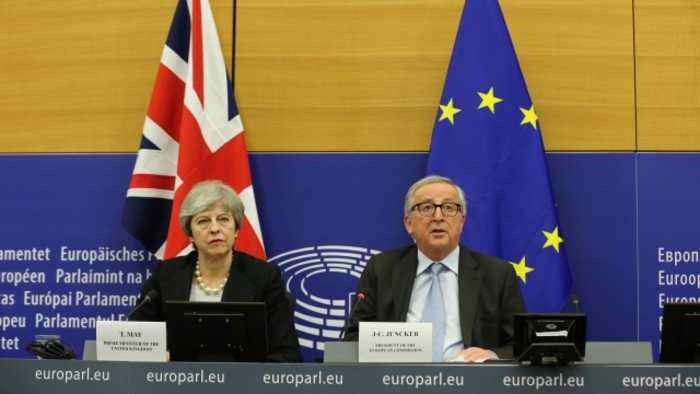 UK And EU Leaders Come To New Agreement Ahead Of Brexit Vote
