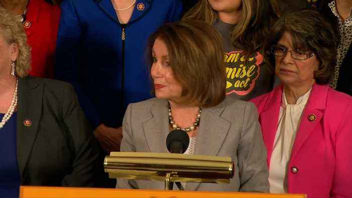 Pelosi introduces new bill to protect Dreamers