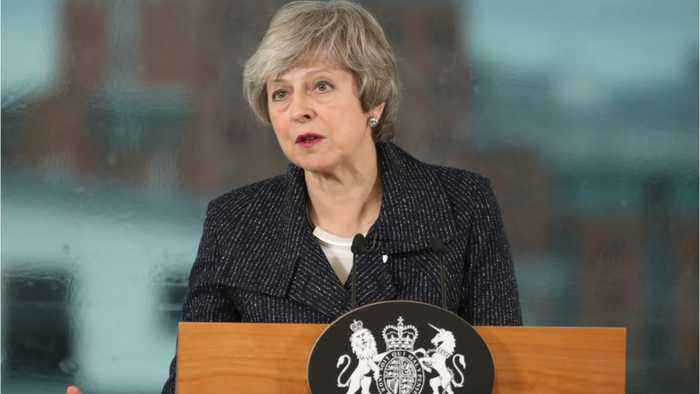PM Theresa May Confirms She Will Vote Against 'No-Deal' Brexit