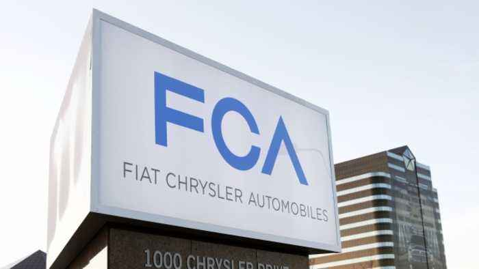 Fiat Chrysler Recalls Nearly 900,000 Vehicles Over Emissions