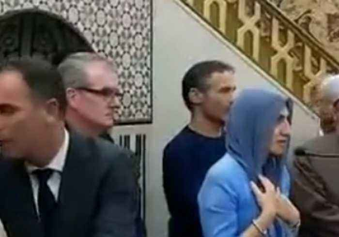 Hundreds Attend Vigil at Mosque in Sydney for Christchurch Victims