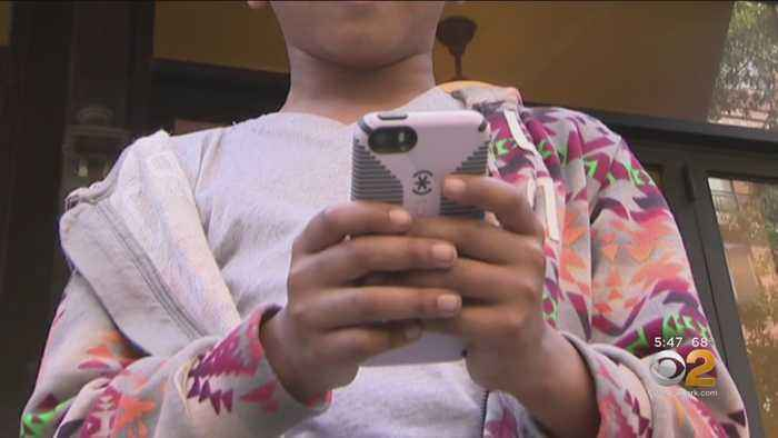 Link Found Between Teens On Social Media And Mental Illness