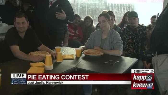 Pie eating contest live shot 1