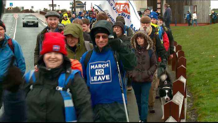 Brexit 'Leave Means Leave' march sets off from Sunderland