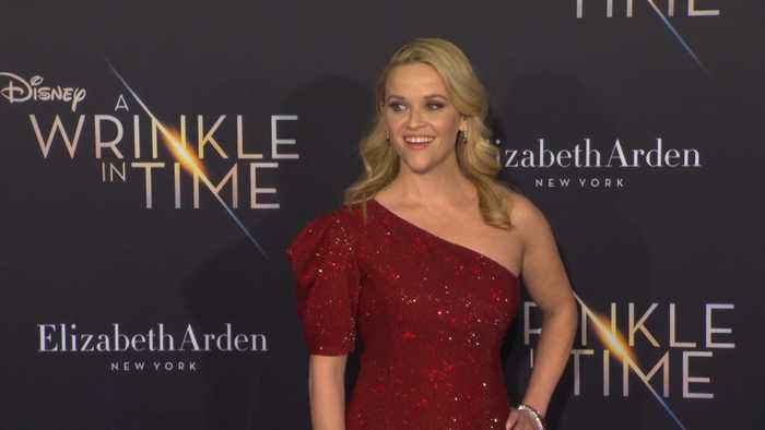 Reese Witherspoon and Jennifer Garner poke fun at tabloid pregnacy rumours