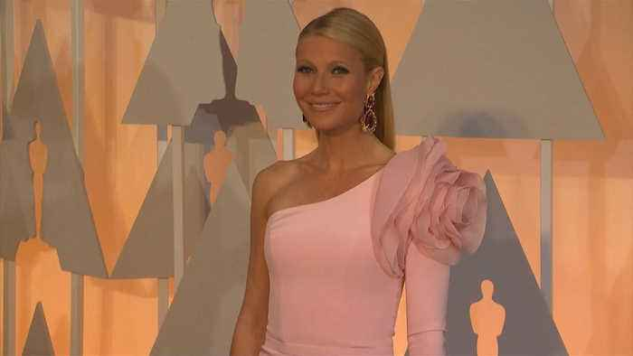 Gwyneth Paltrow chose wedding day to reclaim date after father's death