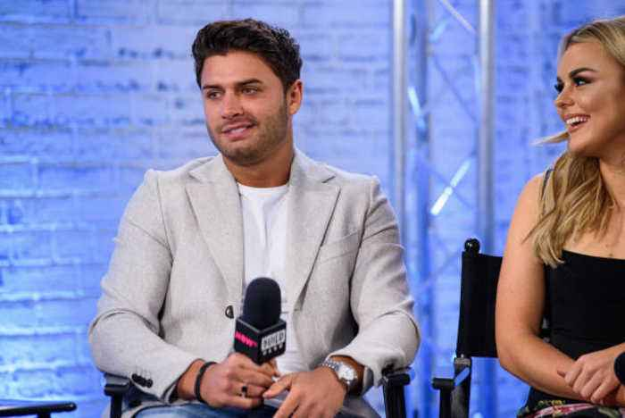Stars pay tribute to Mike Thalassitis