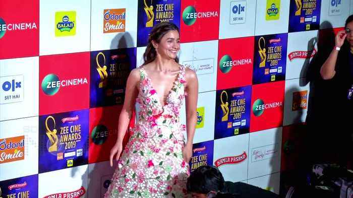 Ranbir Kapoor Alia Bhatt Deepika Padukone Ranveer Singh | Bollywood Couples At Zee Cine Awards 2019