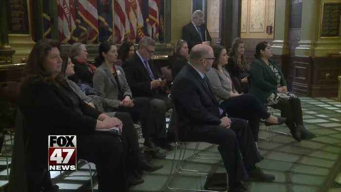 Lawmakers and community leaders gather to fight hunger