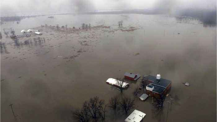 Deadly Midwestern U.S. floods threaten to spill south as Nebraska cleans up