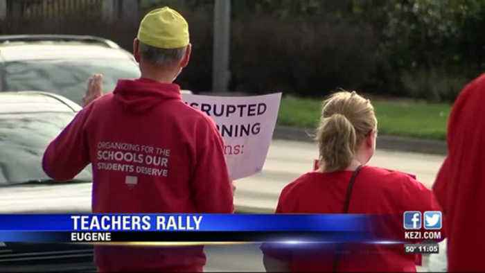 Eugene teachers rally for fully-funded schools