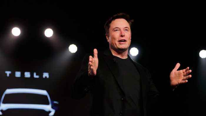 Elon Musk Wants Employees To Deliver On Upcoming Tesla Deliveries