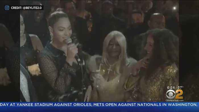 Beyonce Sings 'Happy Birthday' To Diana Ross