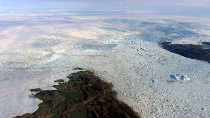 Glacier Thickening, But Scientists Aren't Optimistic Overall