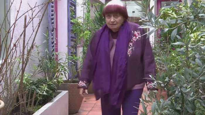 Agnes Varda, leading light of French New Wave, dies at 90