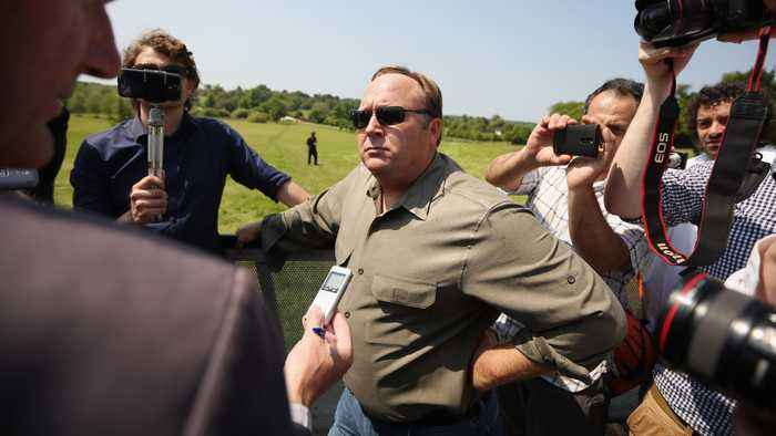 'InfoWars' Host Alex Jones' 3-Hour Deposition Made Public