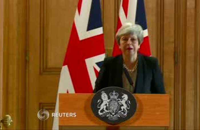 May says she will ask for a further Brexit delay