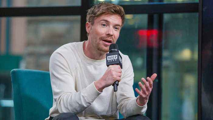 Joe Dempsie Discusses the Complexity of 'Deep State'