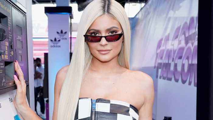 Kylie Jenner is being praised by fans for this video of her styling Stormi's natural hair—here's why