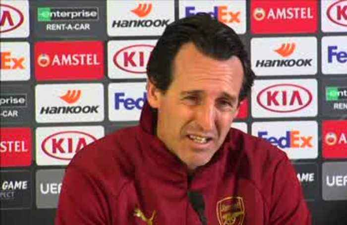 'The best thing for us is to be together', says Arsenal manager Emery