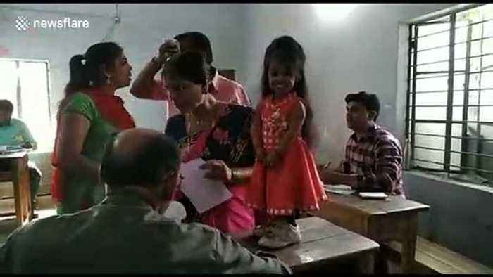 World's smallest woman casts her vote in world's largest election in India