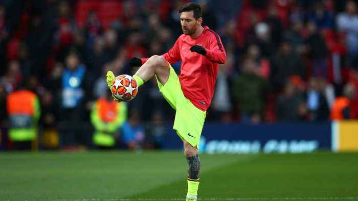 Lionel Messi Left Bleeding After Run-In With Chris Smalling