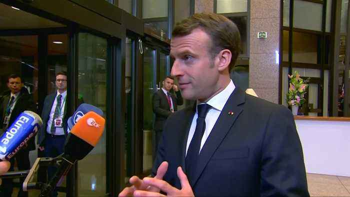 France's Macron stands by tough stance on shorter Brexit delay