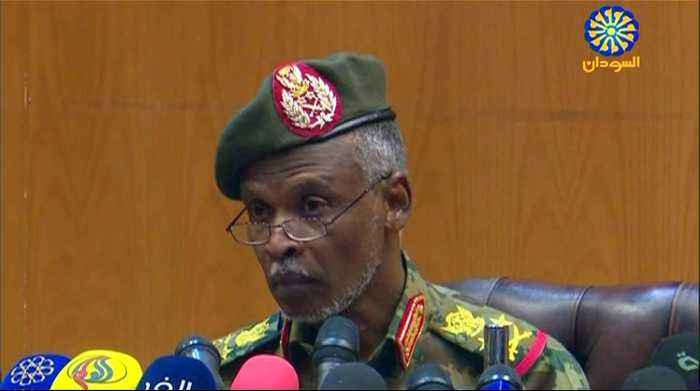 Sudan military: We have 'no ambition to hold the reins of power'