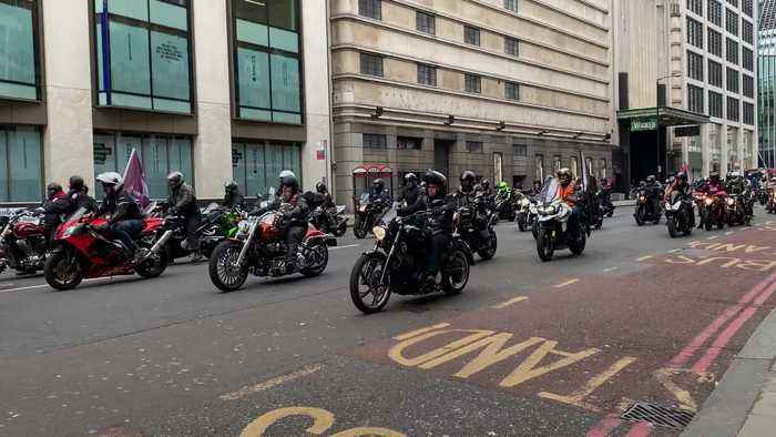 Thousands of bikers protest against soldier's Bloody Sunday prosecution