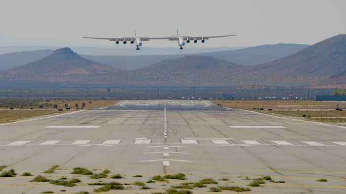 'World's biggest plane' in numbers