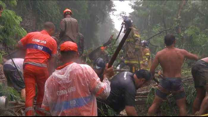 Brazil: Search for survivors continue after buildings tumble