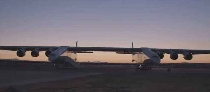 Largest Plane on Earth Takes Flight in California