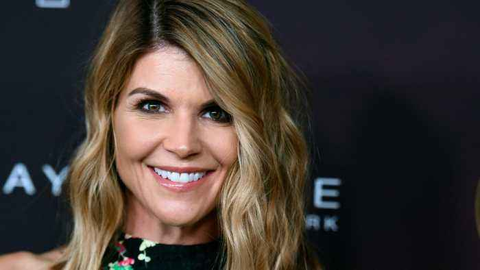 Lori Loughlin, Mossimo Giannulli Enter Surprising Plea In College Admissions Scam