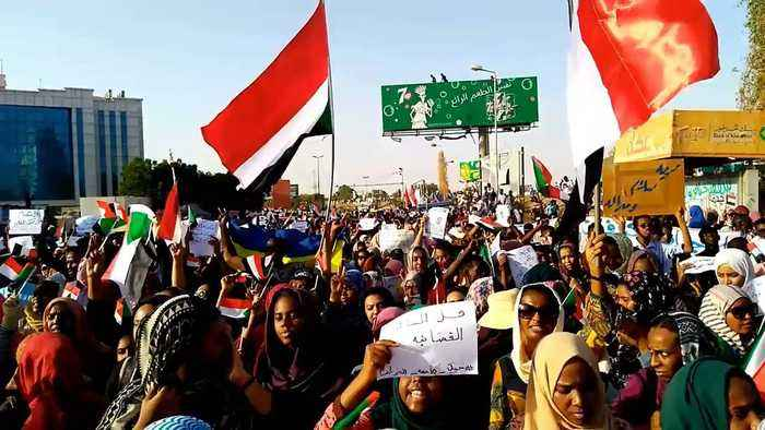 Khartoum Protesters Continue Calls for Civilian Government After Military Takeover