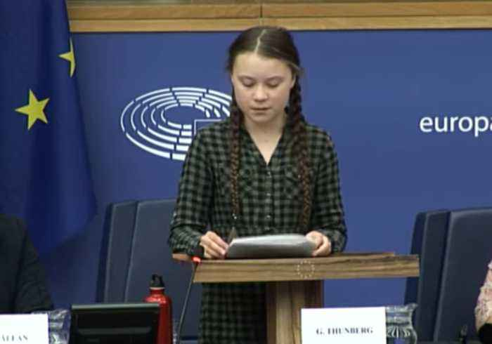 Swedish Campaigner Thunberg Tells EU: 'Forget Brexit and Focus on Climate Change'