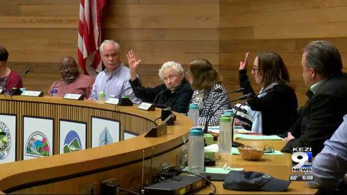 Debate continues after Eugene council strikes down panhandling law