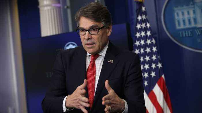 Energy Dept. Denies Rick Perry Is Stepping Down As Secretary