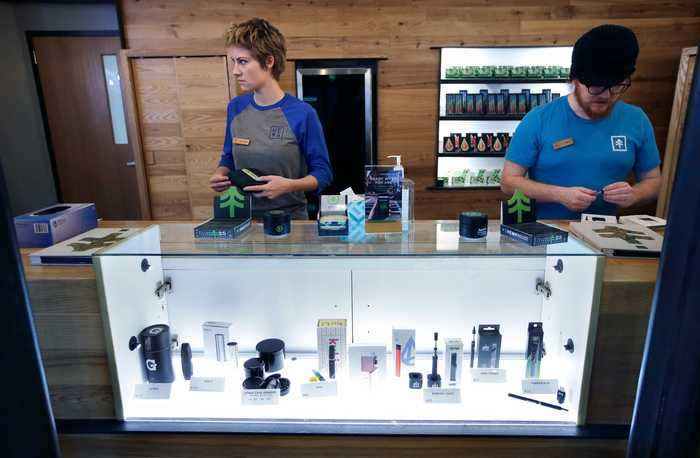 Cannabis Retailers to Make Serious Green Over 420 Weekend